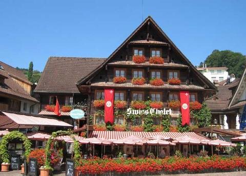 Swiss-Chalet.JPG